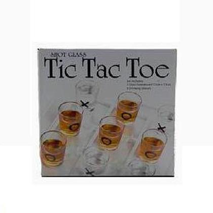 drankspelletje Tic Tac Toe shotjes in doos 16x16x6cm