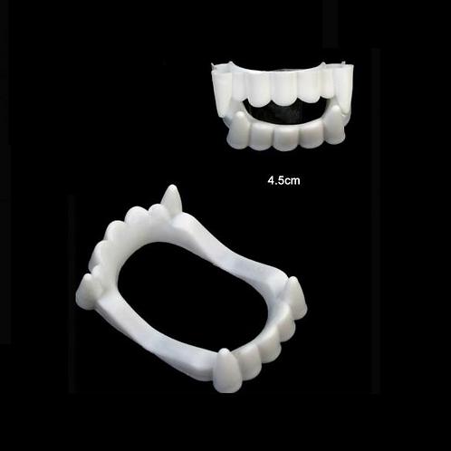 valse tanden vampier