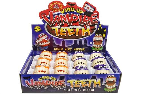 vampiertanden klapperend