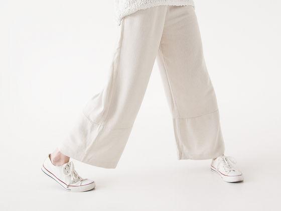 ホワイトのファッション