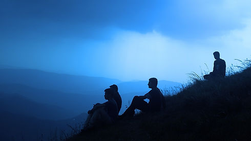 silhouette-people-1209722_1920.jpg