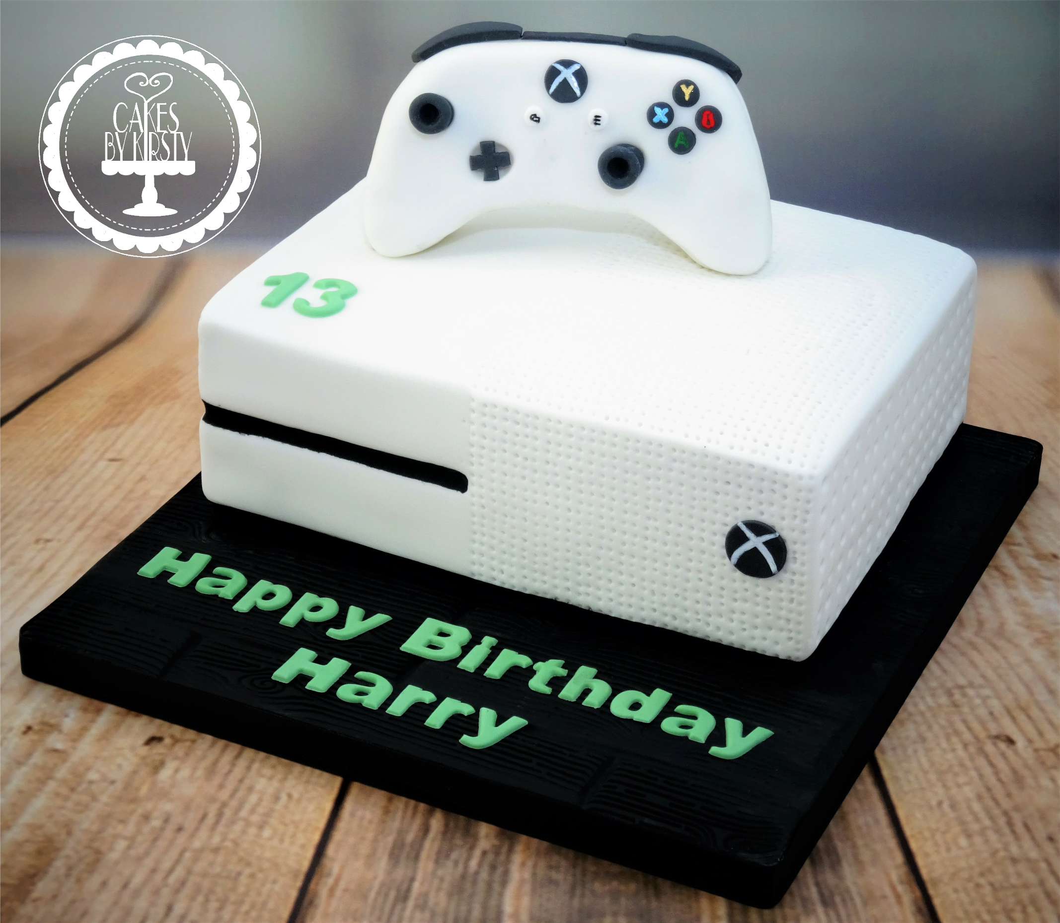 Xbox One Cake & Controller