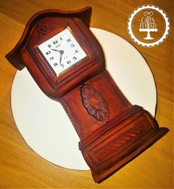 Mini Gradnfather Clock Cake