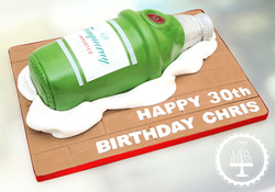 20200207 - Gin Bottle 30th Birthday Cake