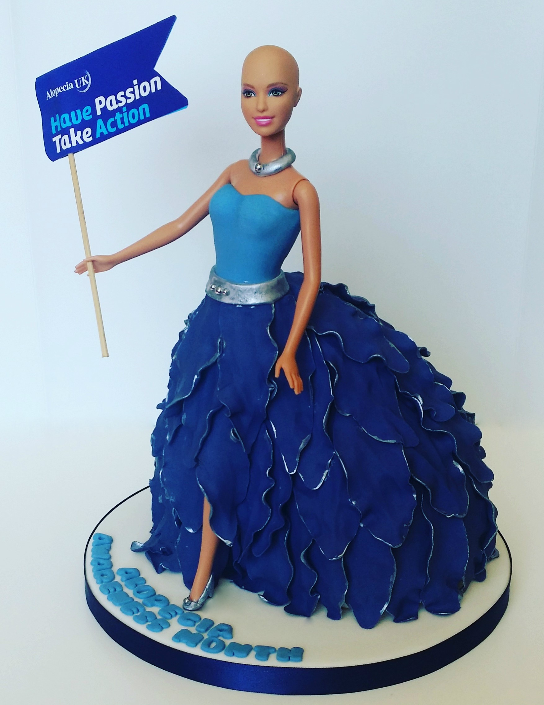 Alopecia UK Doll Cake