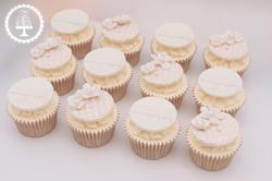 20190802 - Pearl Anniversary Cupcakes