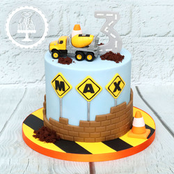 20201105 - Construction Cake
