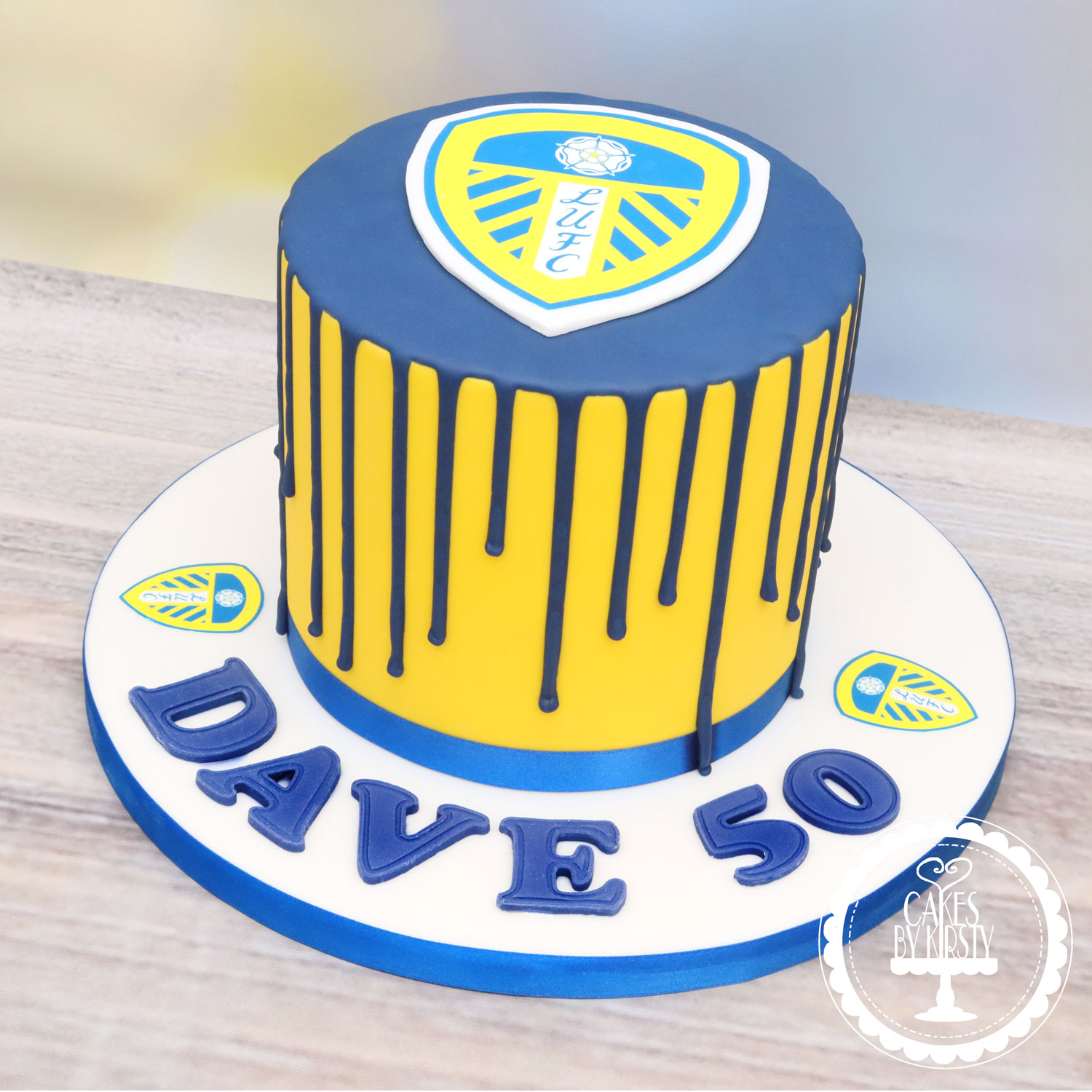 20200905 - Leeds United 50th Drip Cake