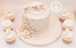 20190802 - Pearl Anniversary Cake & Cupc