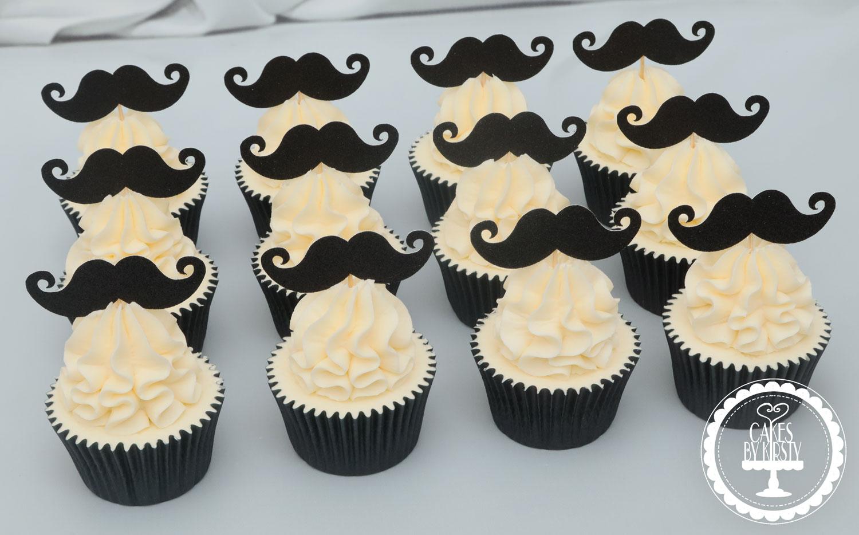 20210108 - Moustache Cupcakes