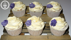 Simple Floral Cupcakes
