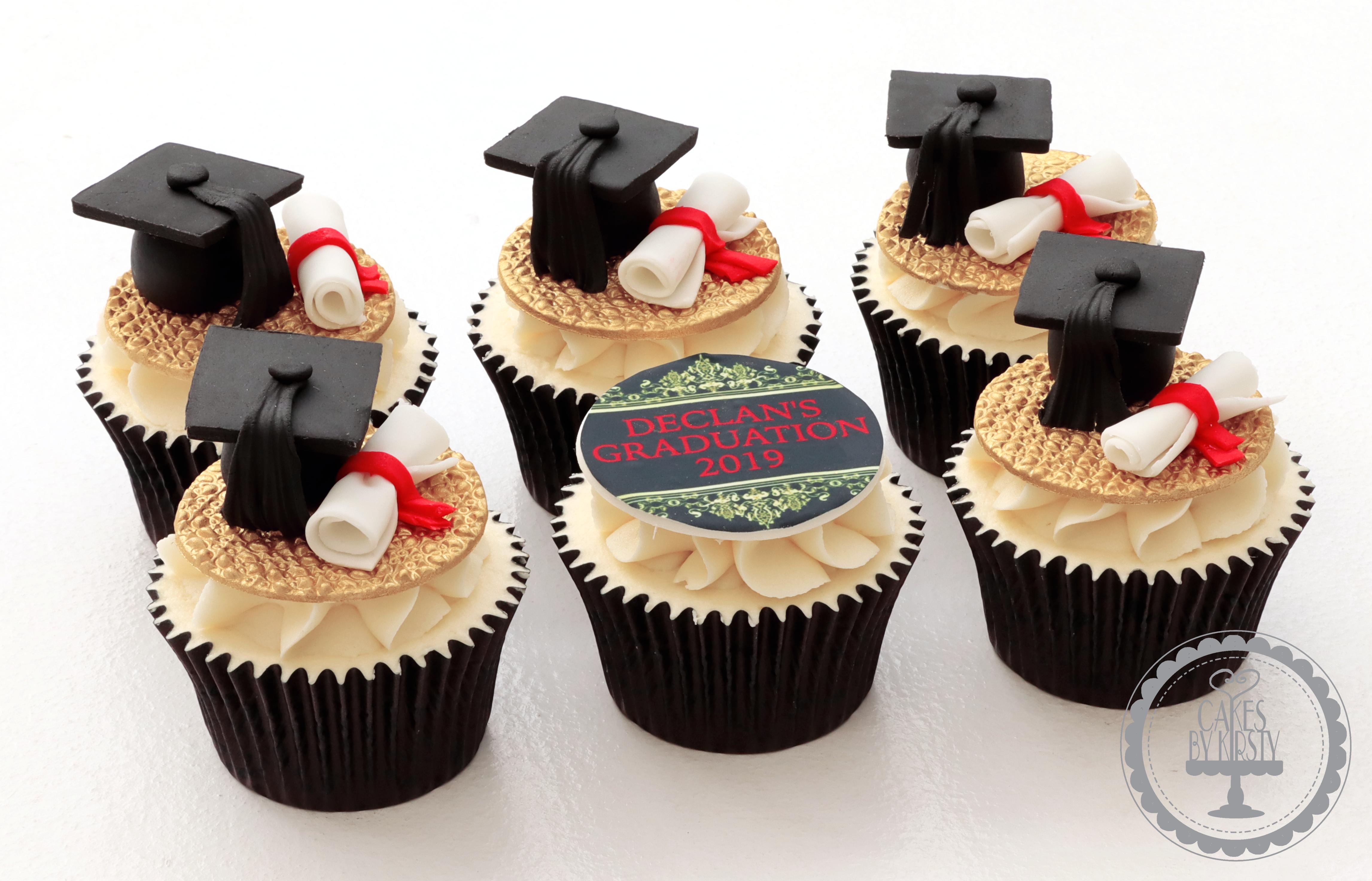 20190710 - Graduation Cupcakes