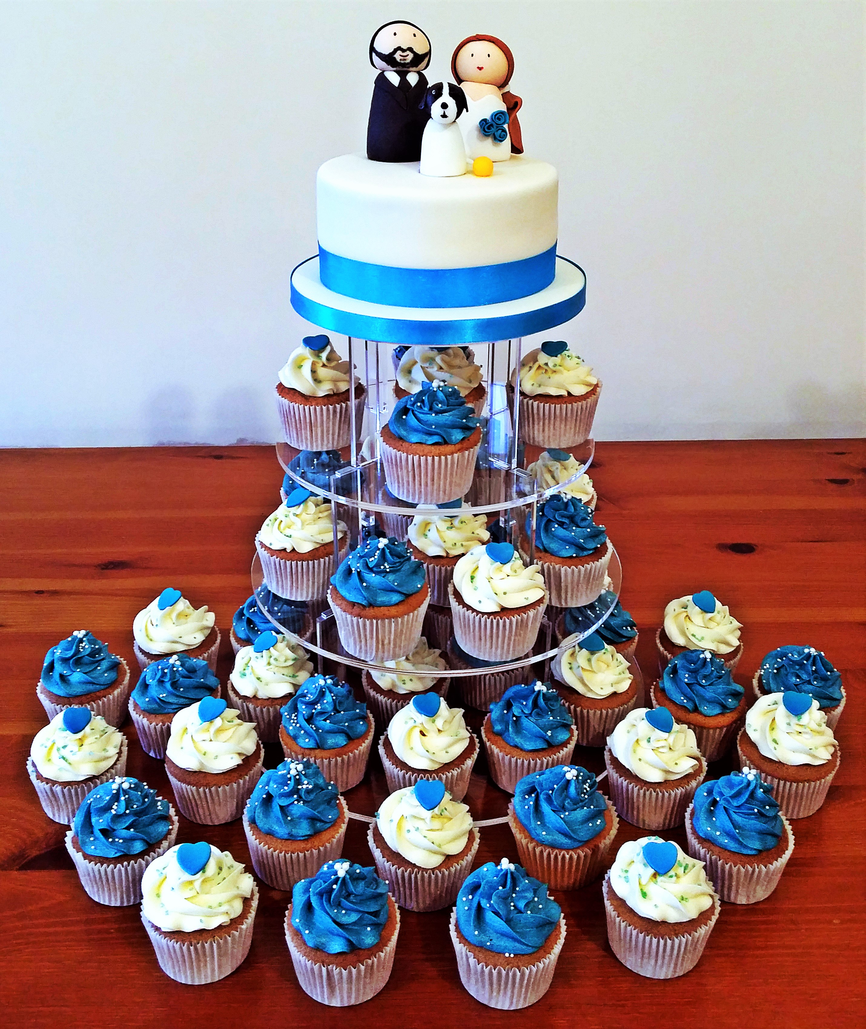 Turquoise Wedding Cake & Cupcakes