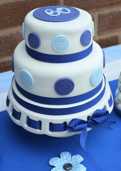 60th Buttons Cake