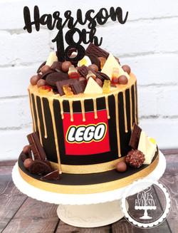 20200111 - Black & Gold 18th Drip Cake