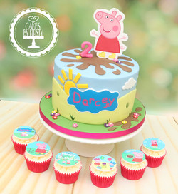20191013 - Peppa Pig Cake & Cupcakes