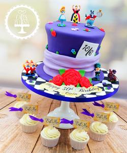 Alice In Wonderland Cake & Cupcakes