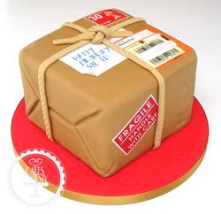 20190706 - Royal Mail Parcel Cake