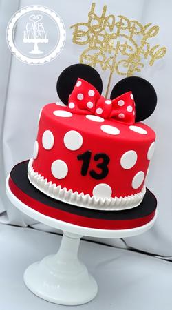 Minnie Mouse 13th Birthday Cake