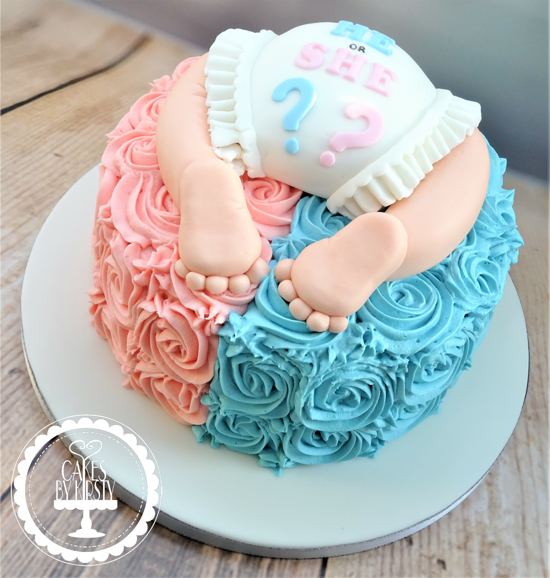 Gender Reveal Baby Bum Cake
