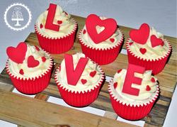 Anniversary LOVE Cupcakes