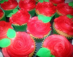 Valentines Rose Cupcakes