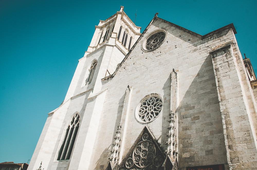 Cathédrale Saint-Caprais d'Agen extérieur eglise