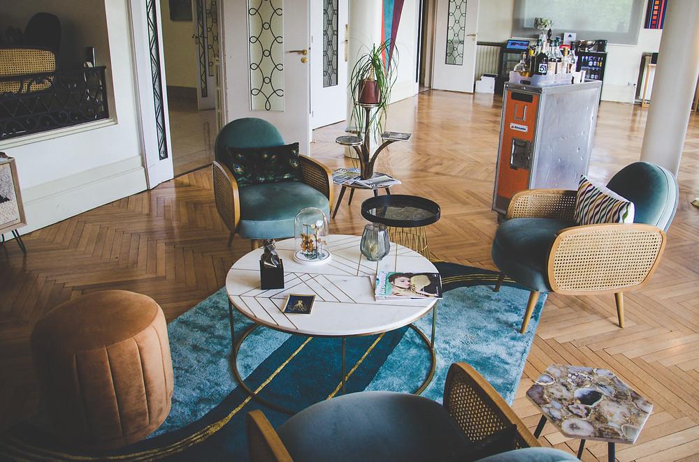 style art déco Agen salon lounge hotel Quand La Ville Dort