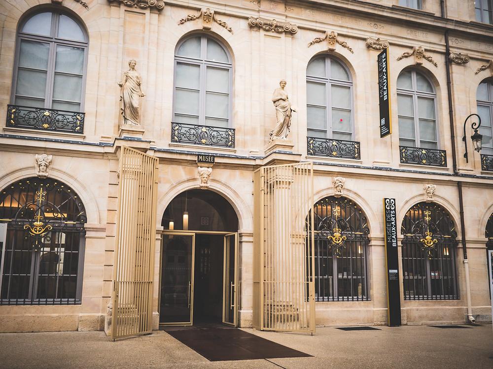 Musée des Beaux-Arts de Dijon - entrée majestueuse