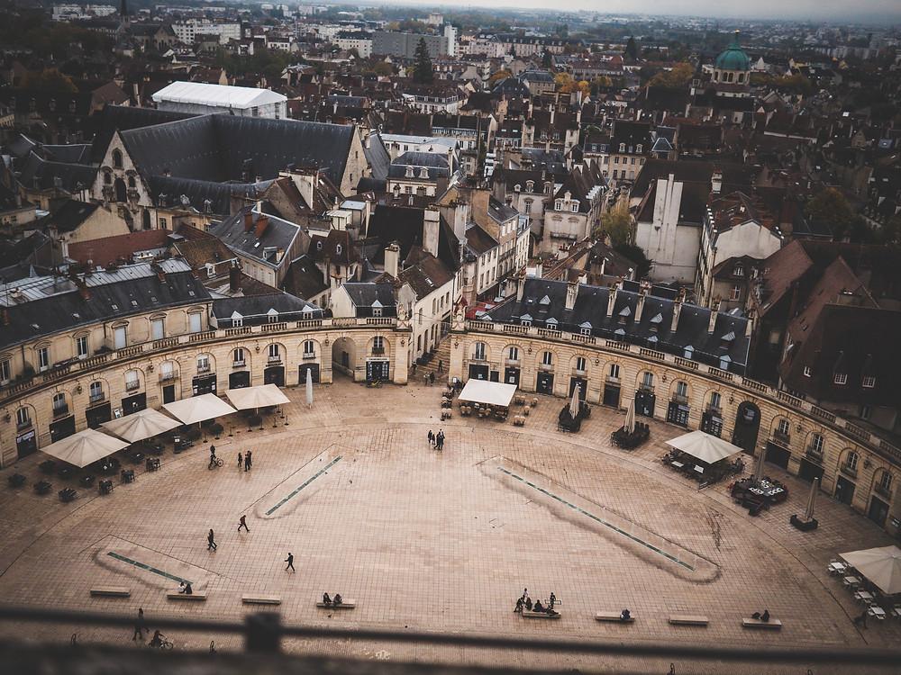 Place de la Libération depuis la Tour Philippe Le Bon de Dijon