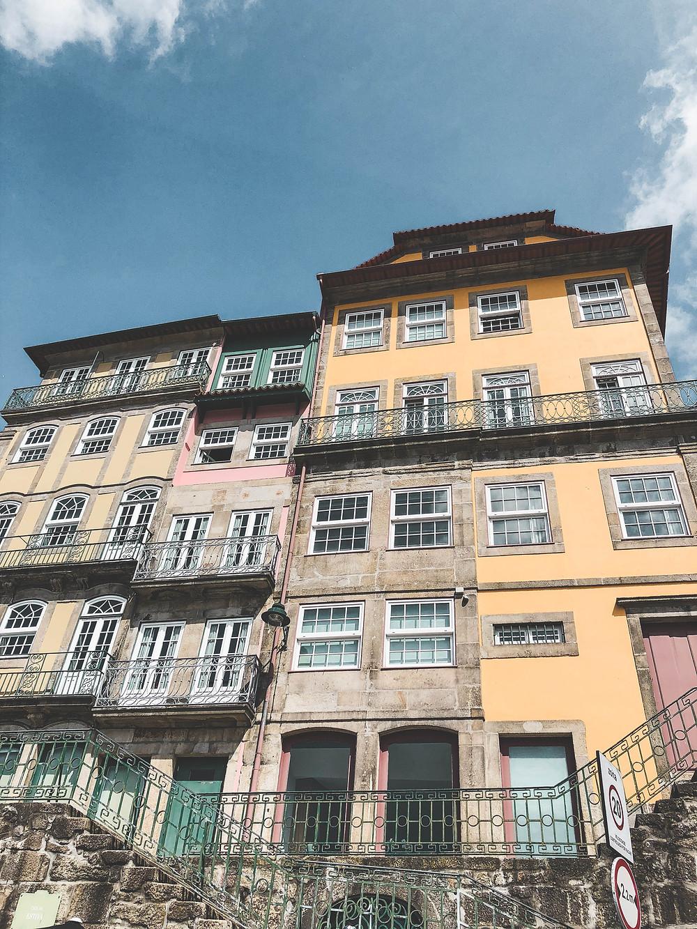 Porto maisons voyage travel colorful