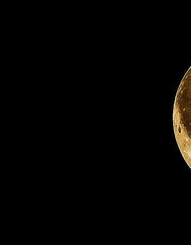 full-moon-415501__480.webp