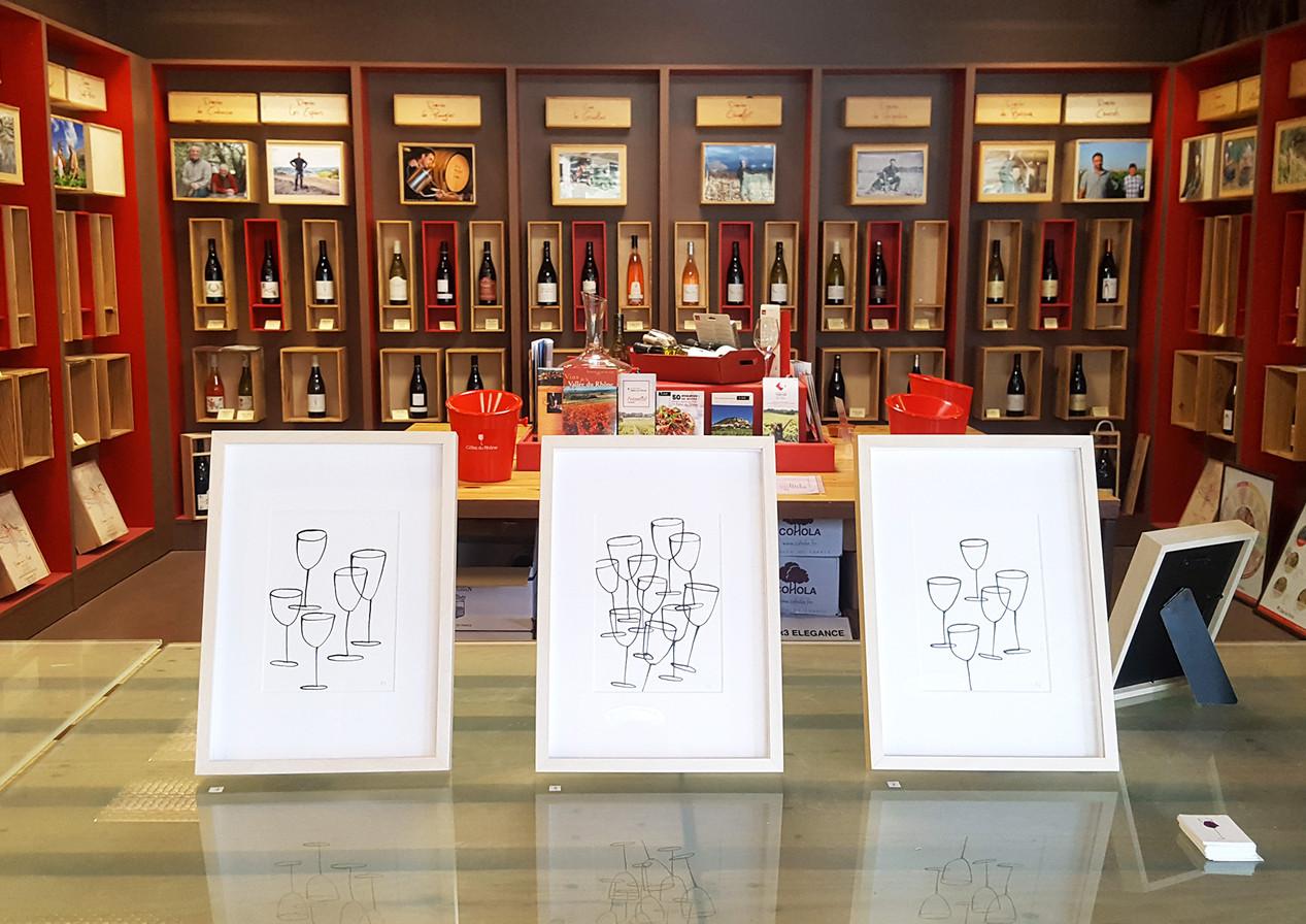 """Exhibition at wine shop """"La maison des vins"""" in Sablet. - Exposition aux 'Maison des vins' à Sablet."""