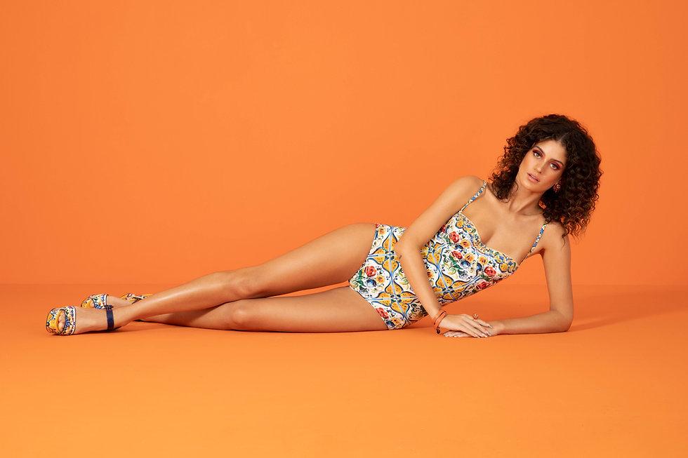 Laura Fernandez by Giselle Dias