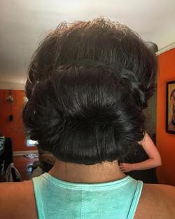 #hairbysarahselby #weddingsbysarahandmaria #bridalhair #bridesmaidhair #updo #bun