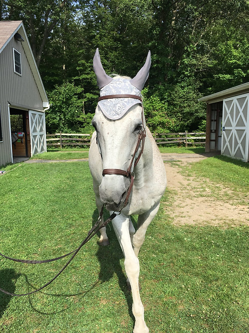 Silver on Silver Horse Bonnet