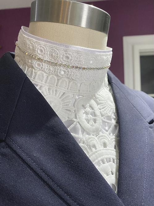 Folk lace  crystal collar