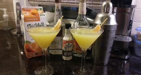 The Grumpy Dingo Radio Solar Gin Cocktail
