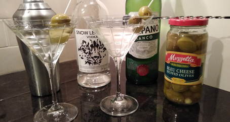 Grumpy Dingo Radio Vodka Martini