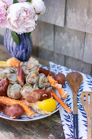 rebeccas-seafood-block-island-catering-clambake-visual-manor--054.jpg