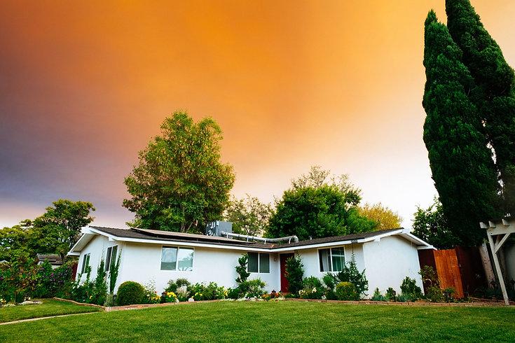 dane-rickard-real-estate-remax-front-doo