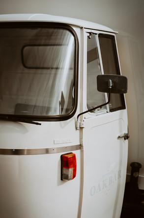 traveling-oak-bar-truck-newport-rhode-is