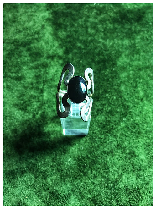 Silber-Ring mit einem Onyx-Stein