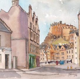 Edinburgh Castle from Candlemaker Row
