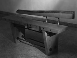 bench in black_1