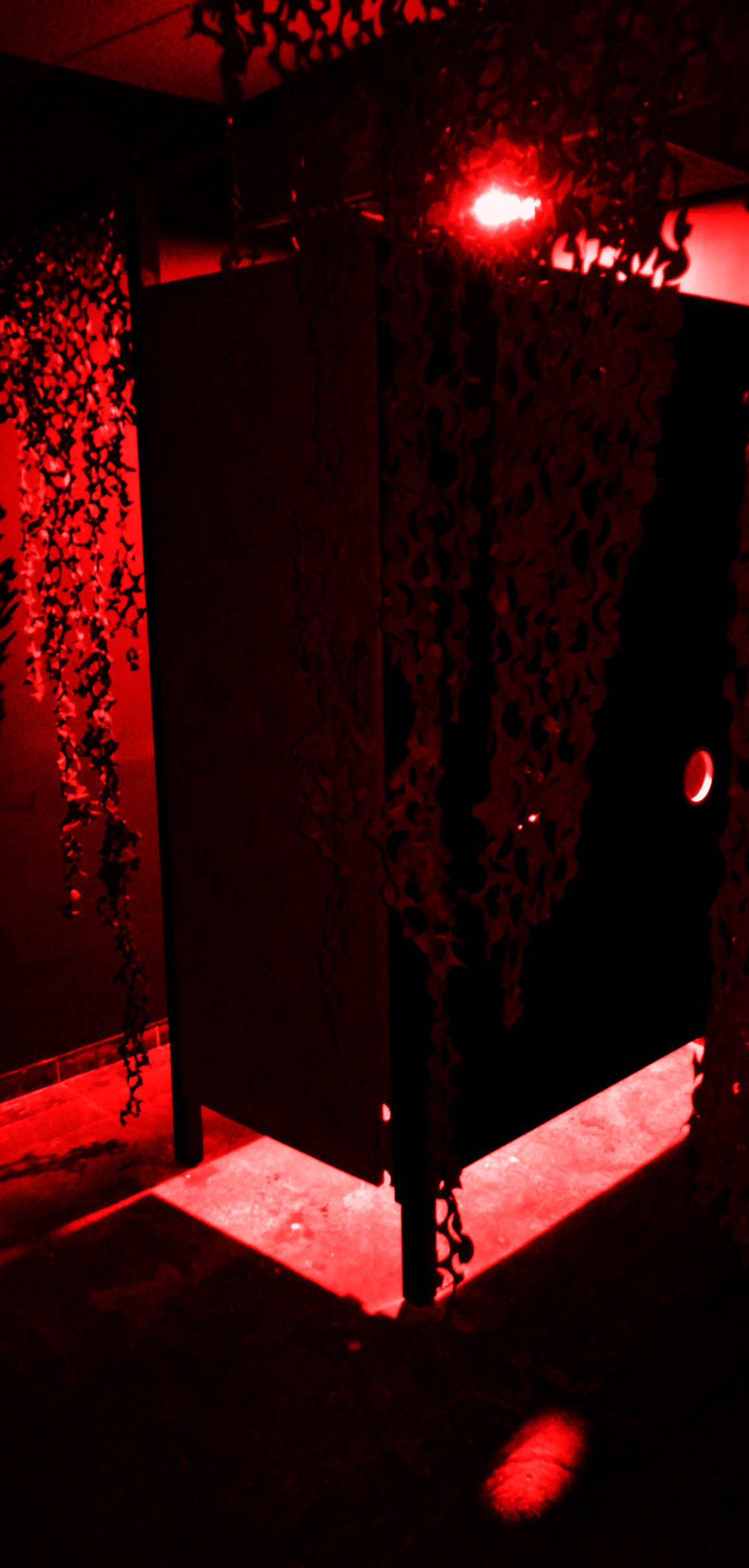 The Hole Red 27