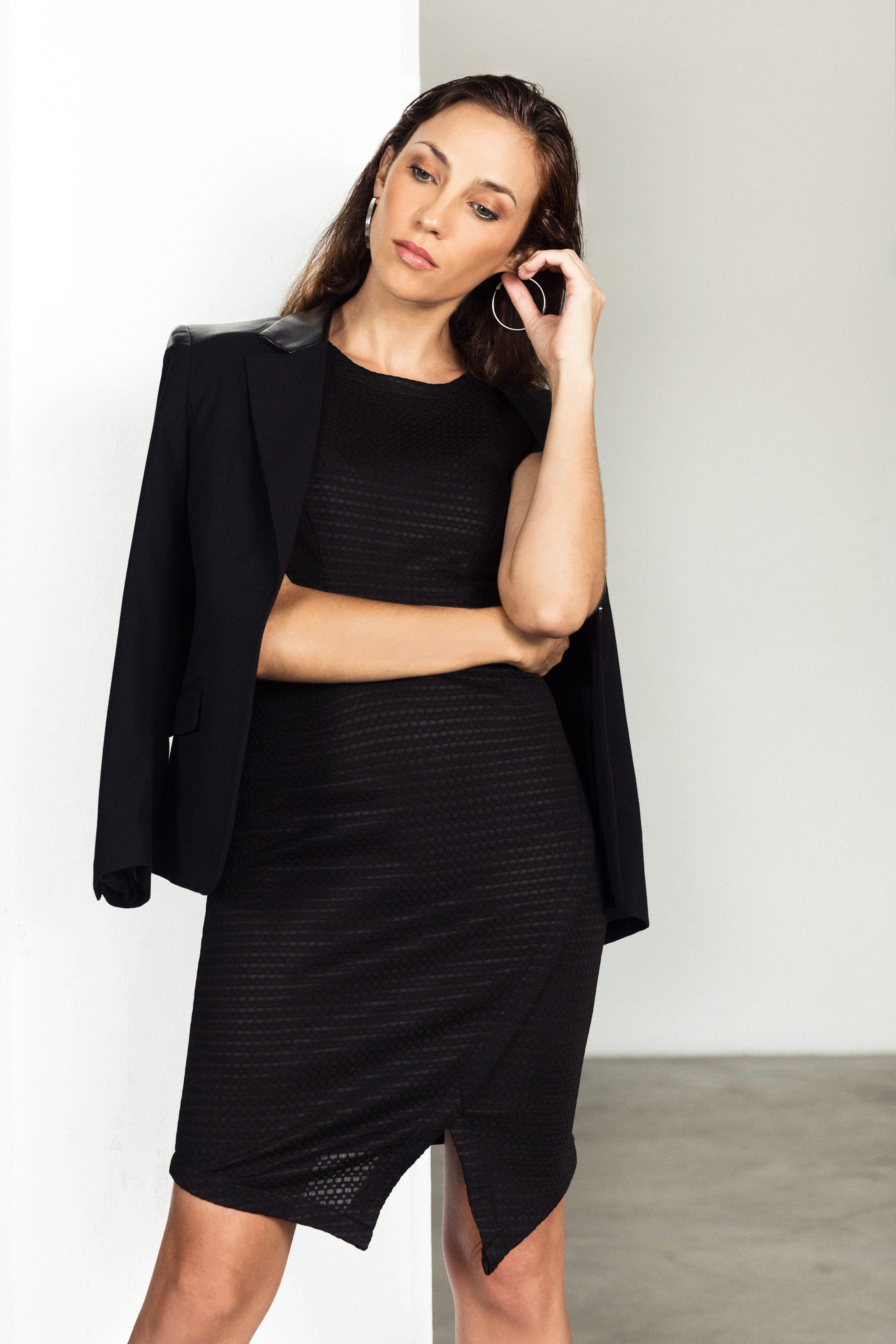 geometric_black_dress_teez