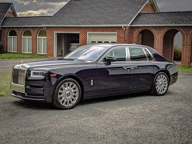 #RollsRoyce #Phantom is the perfect way