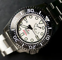 Orient Saturation Diver White.jpg