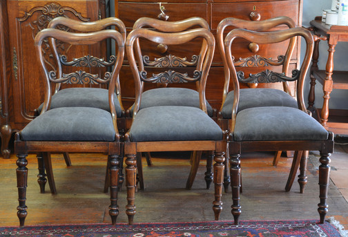 A set of six Victorian rosewood Dining Chairs. R14995